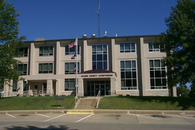 Photo of the front of the Adams County Courthouse