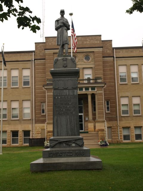 Civil War monument in front of courthouse
